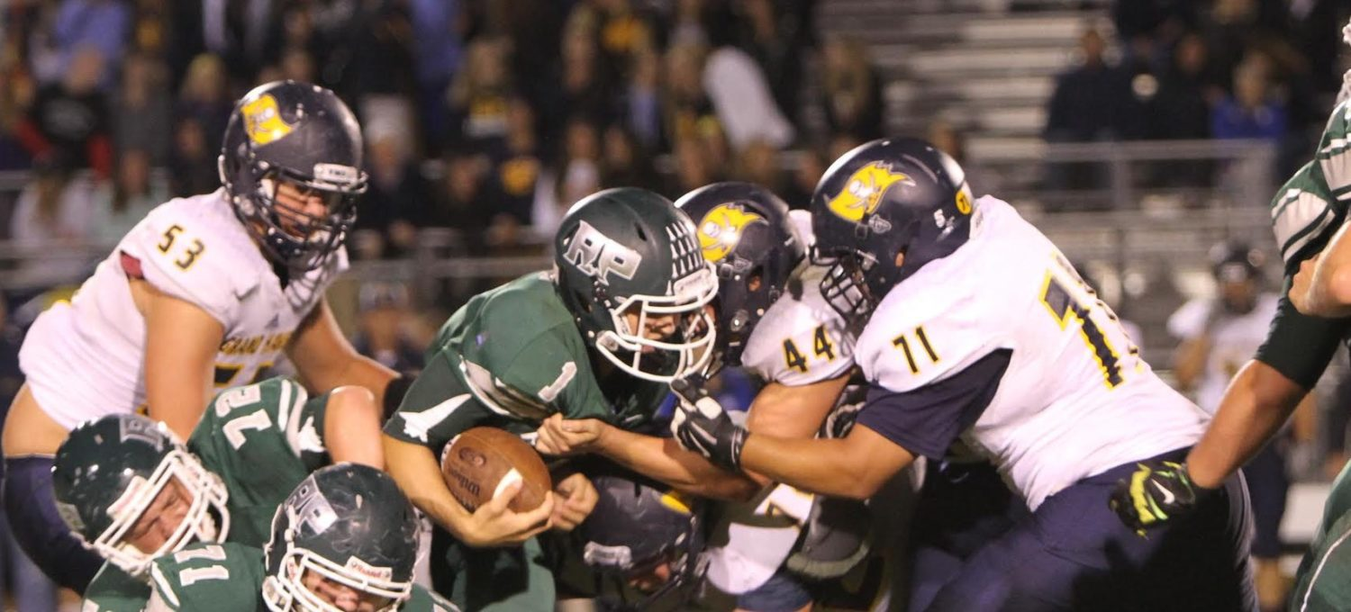 Jonas' last second field goal gives Grand Haven a thrilling 17-14 victory over Reeths-Puffer