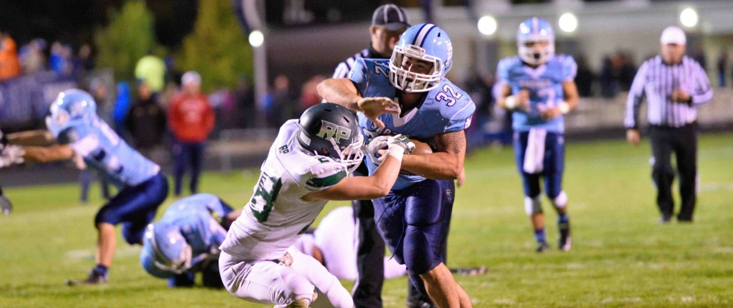 Mona Shores overcomes sluggish first half and remains undefeated with a 42-12 win over Reeths-Puffer