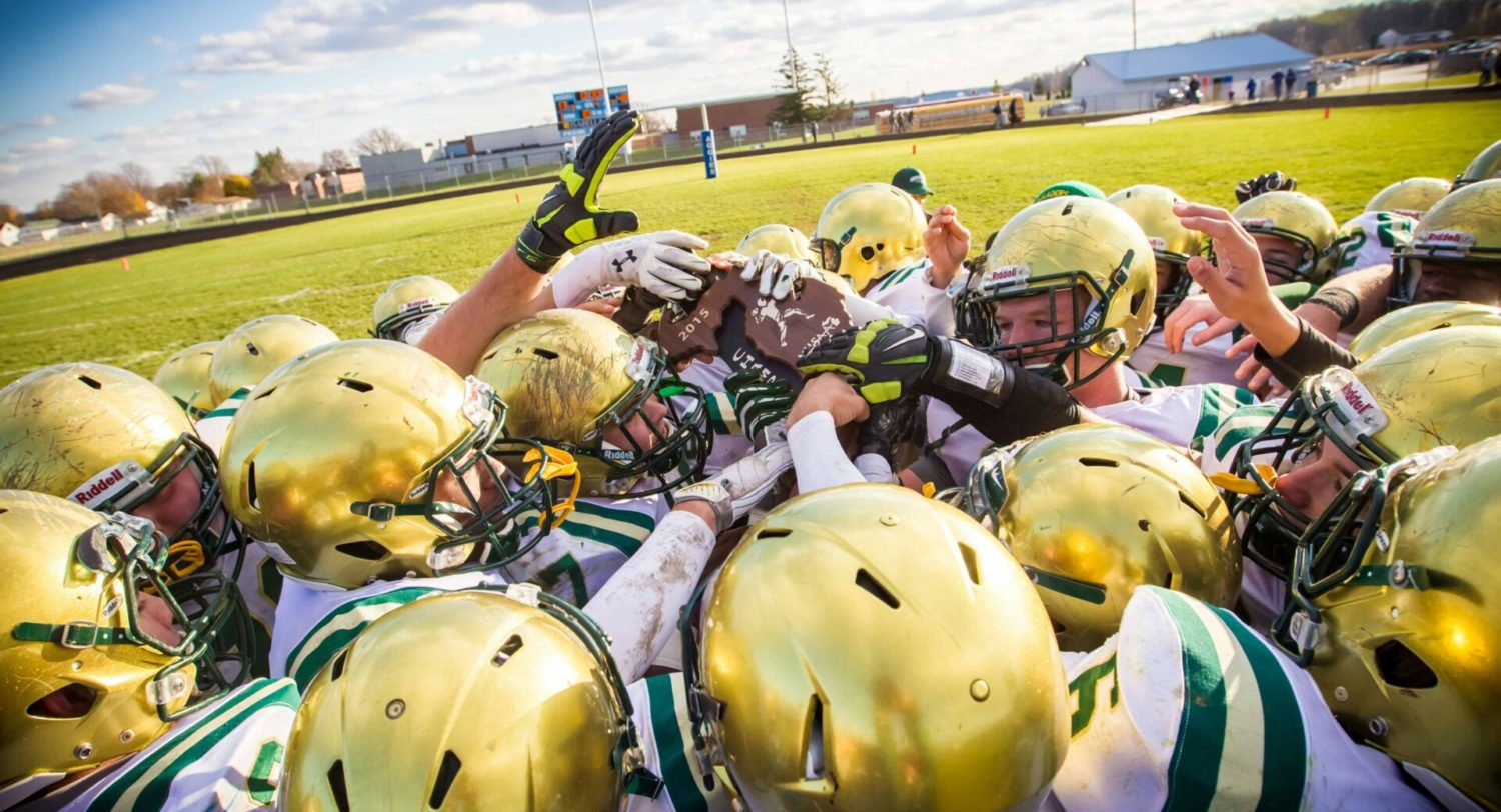 Muskegon Catholic plows over Beal City 48-13 in Division 8 district football finals