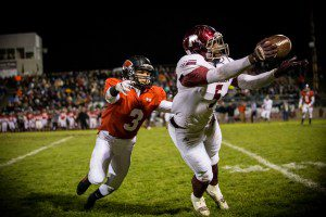 No. 5 Terrion Hill-Mckay hauls in the reception for Muskegon. Photo/Tim Reilly