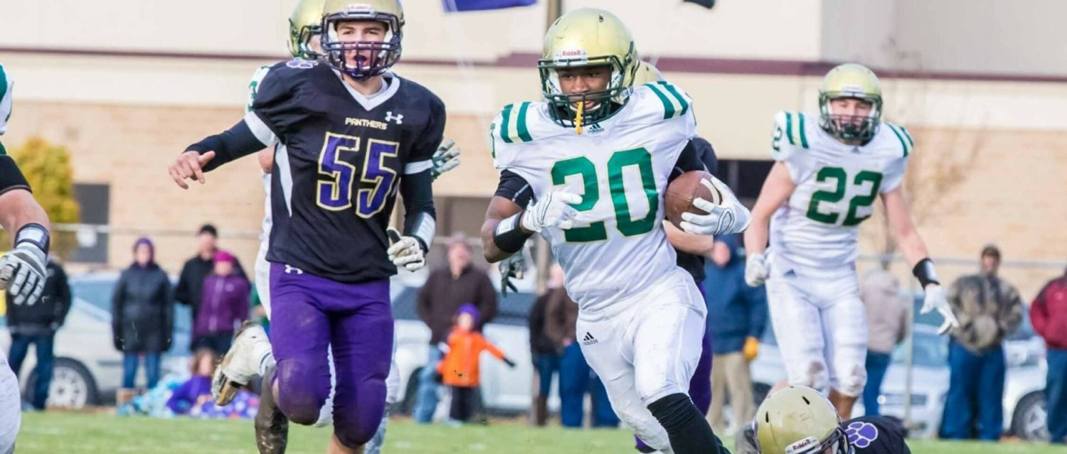 Muskegon Catholic overcomes turnovers, rallies down the stretch to secure a 22-12 victory in Division 8 regionals