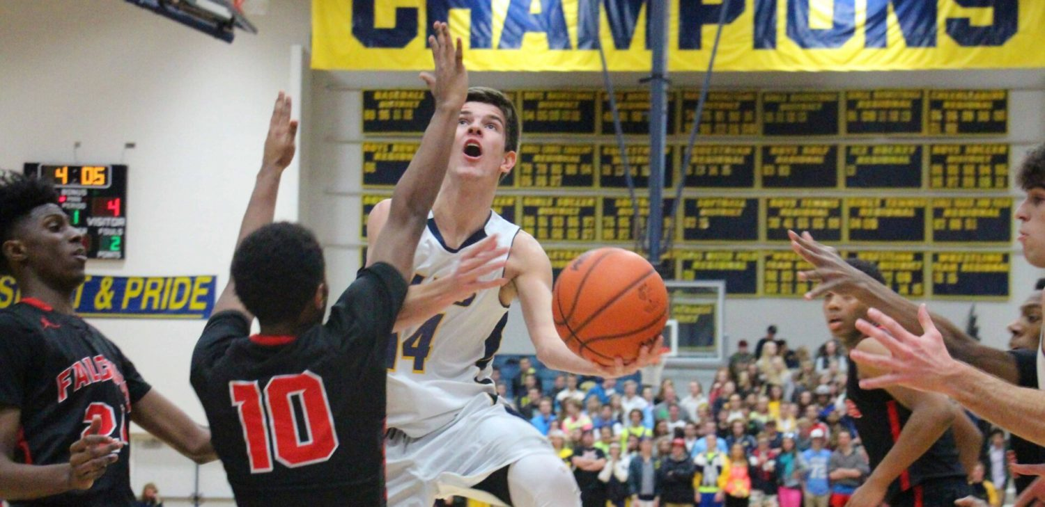 Grand Haven boys lose a first-half lead, fall to East Kentwood in an O-K Red contest