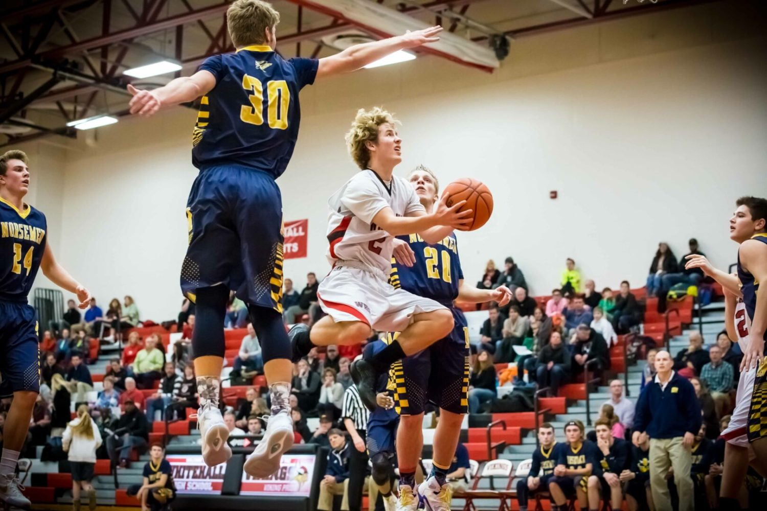 Whitehall boys overcome a big deficit and beat North Muskegon 73-71 in overtime