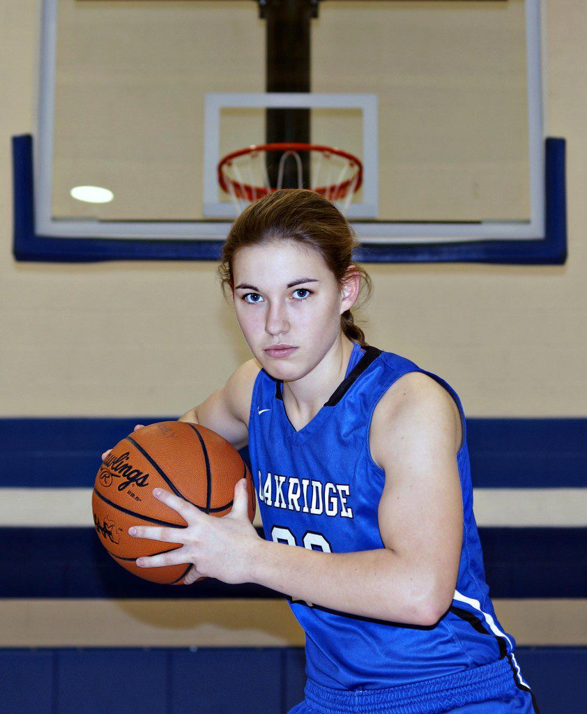 Hannah Reinhold leads her Eagle team with
