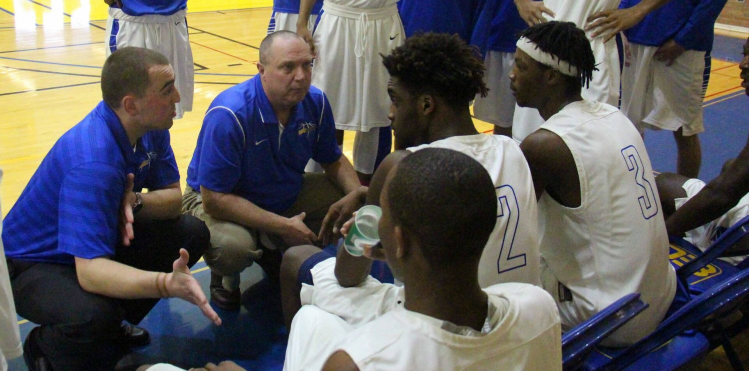 MCC men hold on to defeat Kalamazoo Valley after late scare