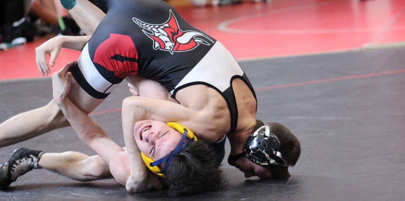 Whitehall wrestling squad beats Belding on Saturday, takes third place over the weekend