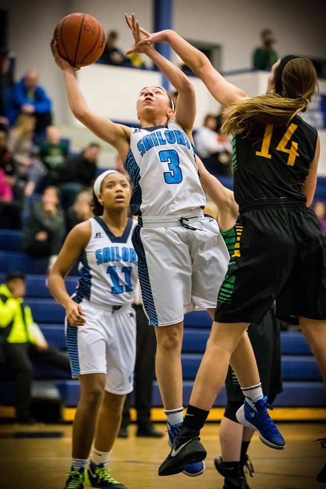 Freshman Winston leads Mona Shores girls basketball team to rout of MCC