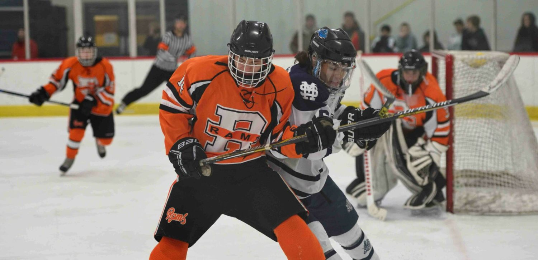 Mona Shores hockey team tops Rockford for conference win