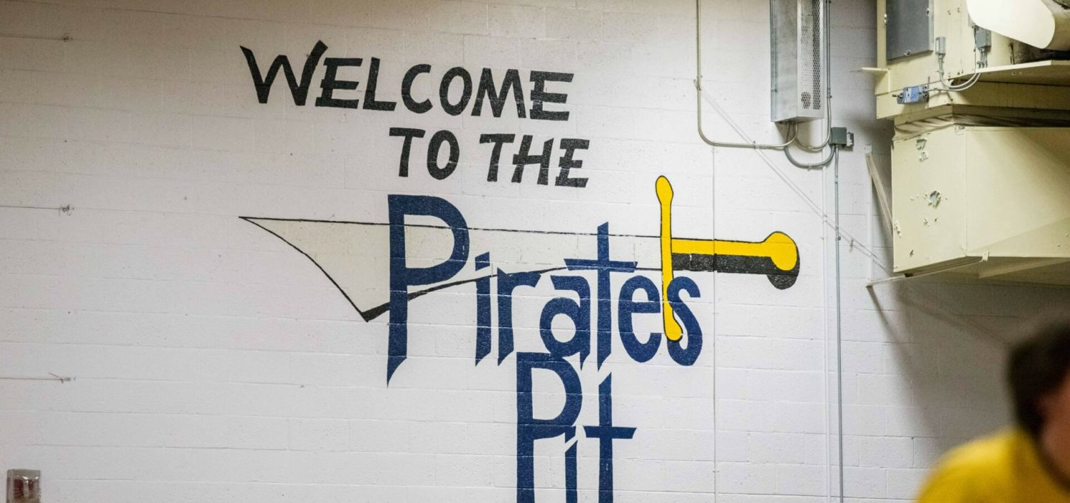 """Grand Haven boys win, girls lose on a special night of basketball at the old 'Pit"""""""