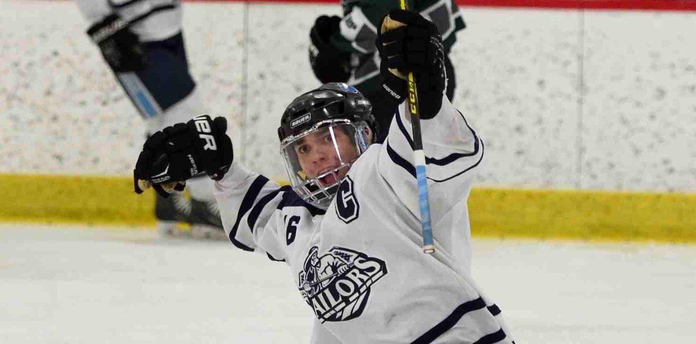 Mona Shores hockey team breaks its postseason curse, beats Reeths-Puffer 6-5