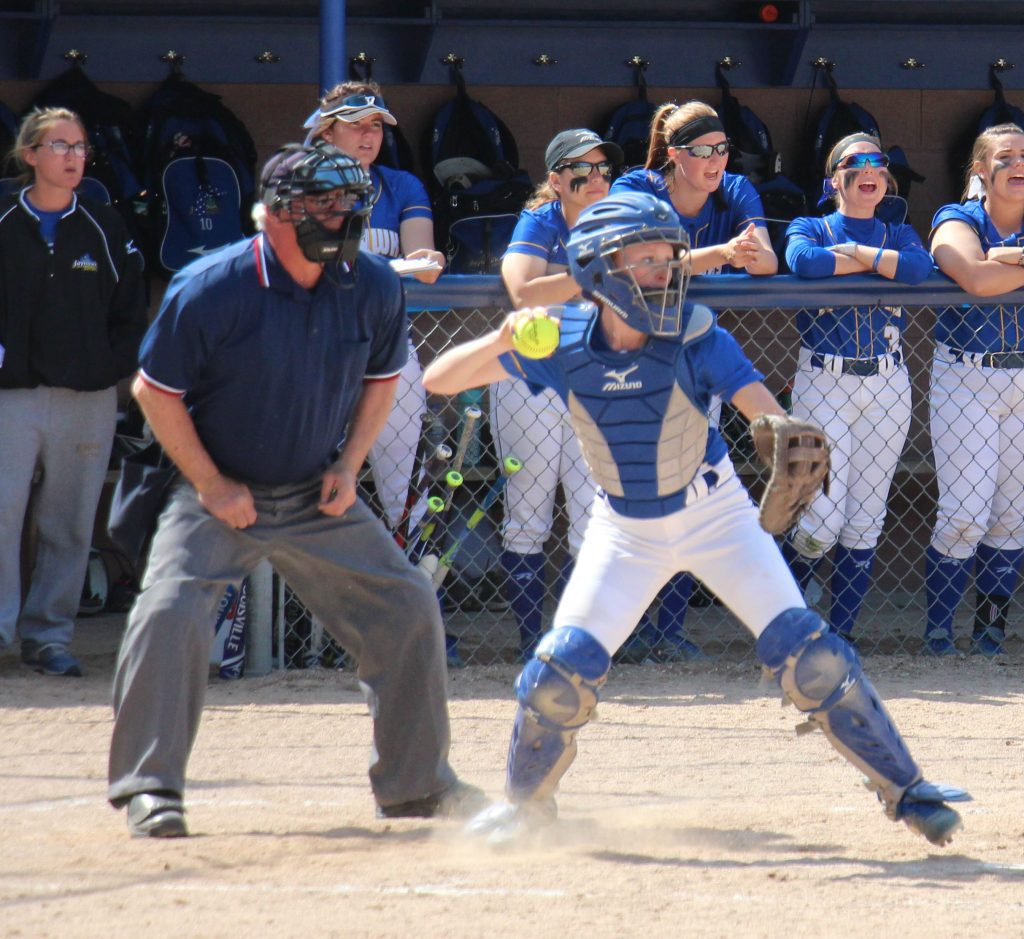 MCC catcher Lindsey Greer gets ready to rifle a throw to second base. Photo/Steve Gunn