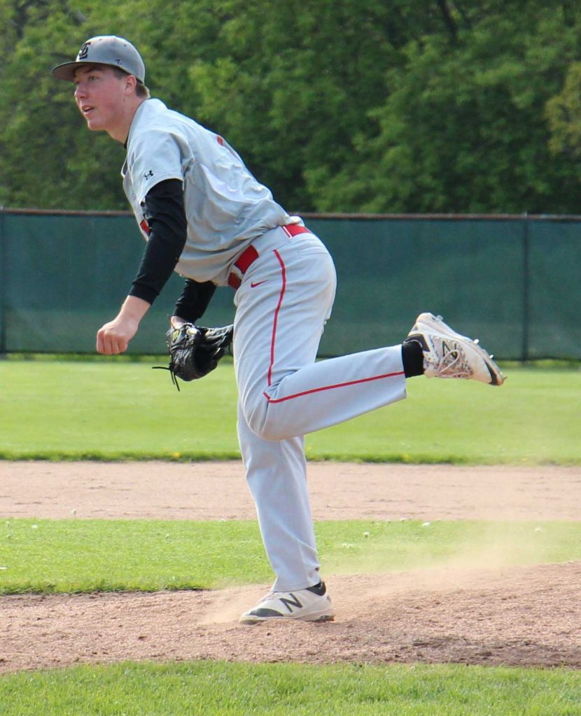 Jacob Gray delivers the pitch for Spring Lake. Photo/Jason Goorman