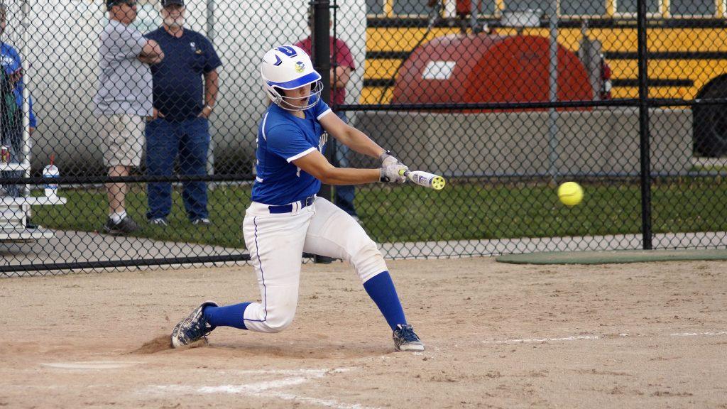 Oakridge's Hannah Reinhold gets a base hit. Photo/Sherry Wahr