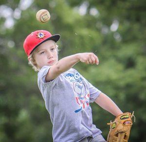 Hnter Skinner makes the throw. Photo/Joe Lane