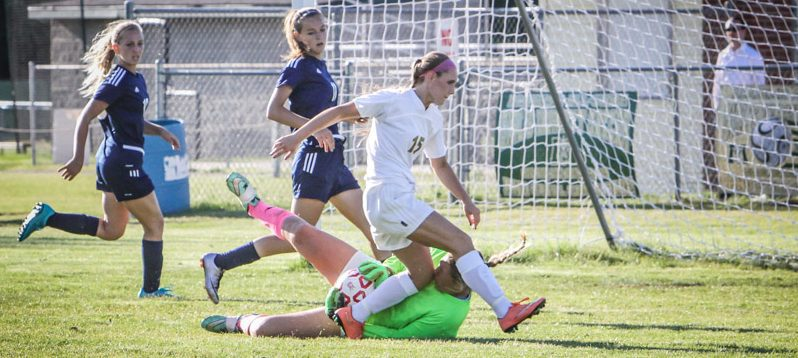 Keur's latest shutout gives North Muskegon a 1-0 win in girls soccer semis