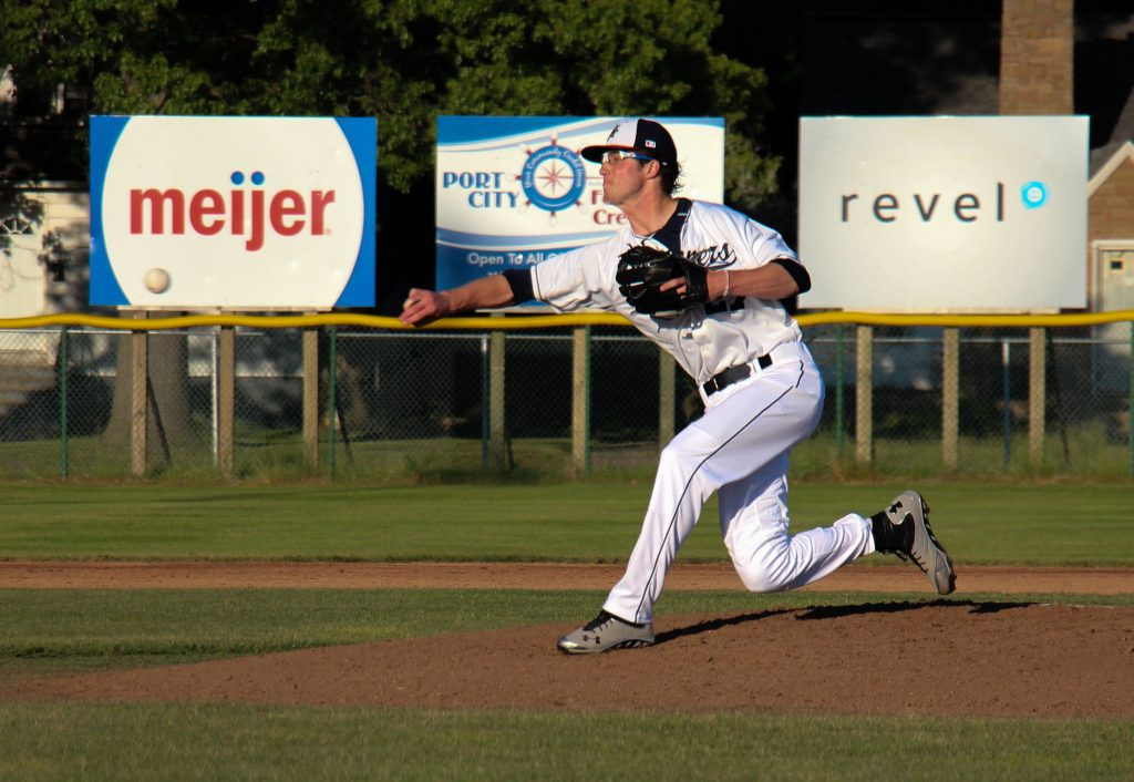 Ryan Butzer sends the pitch home for the Clippers. Photo/Jason Goorman
