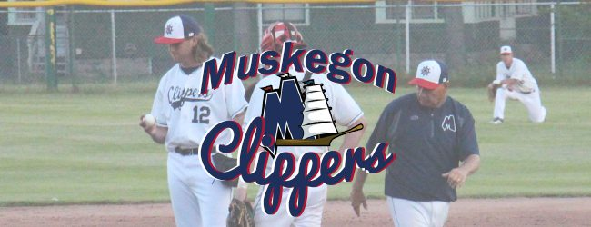 Clippers continue struggles against Royal Oak Leprechauns, fall 9-6