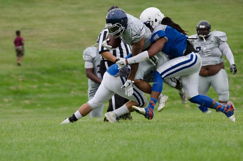 Antwan Bruks on the Mustang tackle. Photo/Marc Hoeksema