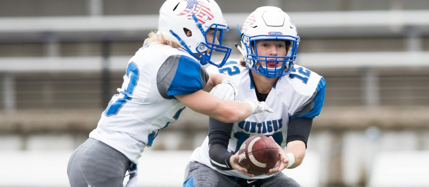 New Montague quarterback Dylan Stever passes Wildcats past Orchard View 51-14