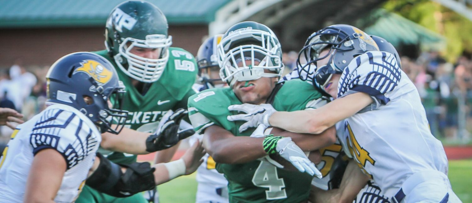 Grand Haven hangs on for a dramatic 21-20 opening win over Reeths-Puffer