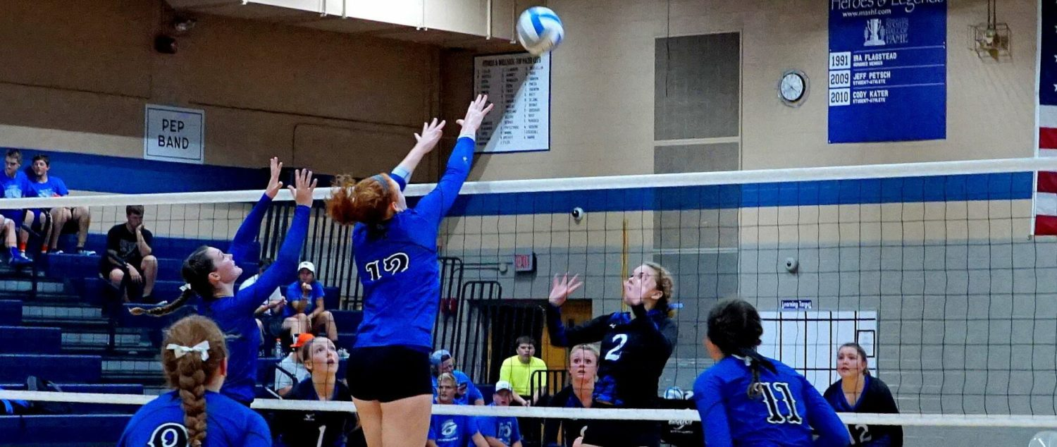 Flagstead has another big night, leading Montague past Oakridge in volleyball