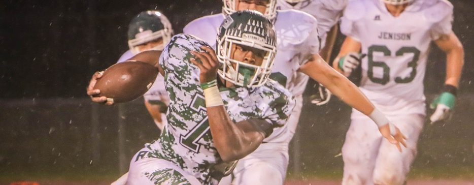Reeths-Puffer falls to Jenison 11-8; last-second TD attempt stopped just short