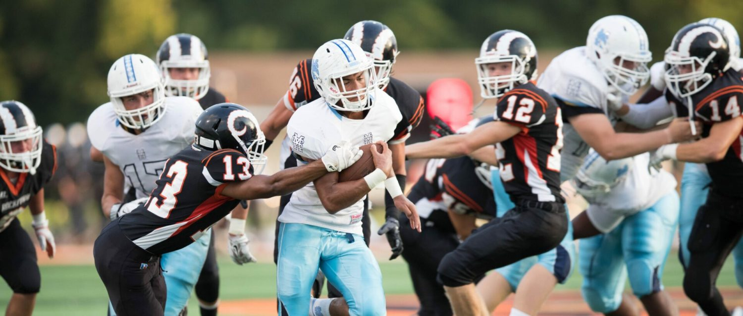 Mona Shores falls behind early, loses 37-23 to Rockford on the road