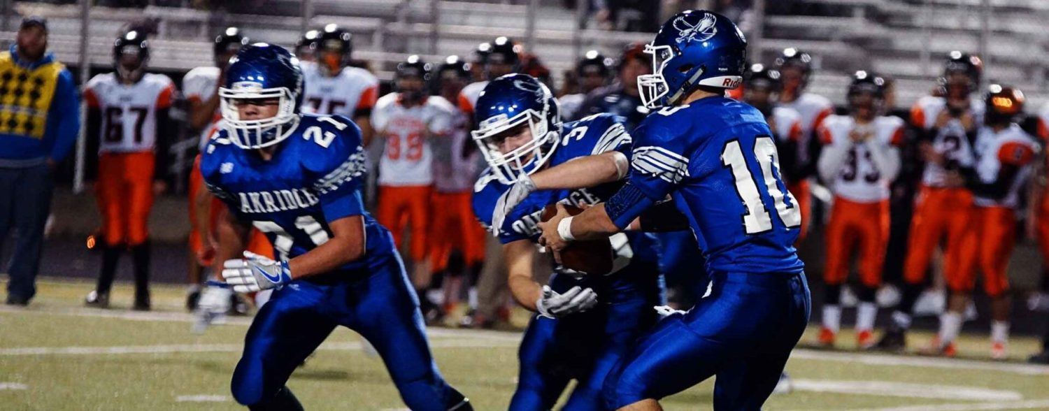 Oakridge ends playoff drought with a convincing 41-7 victory over Grant