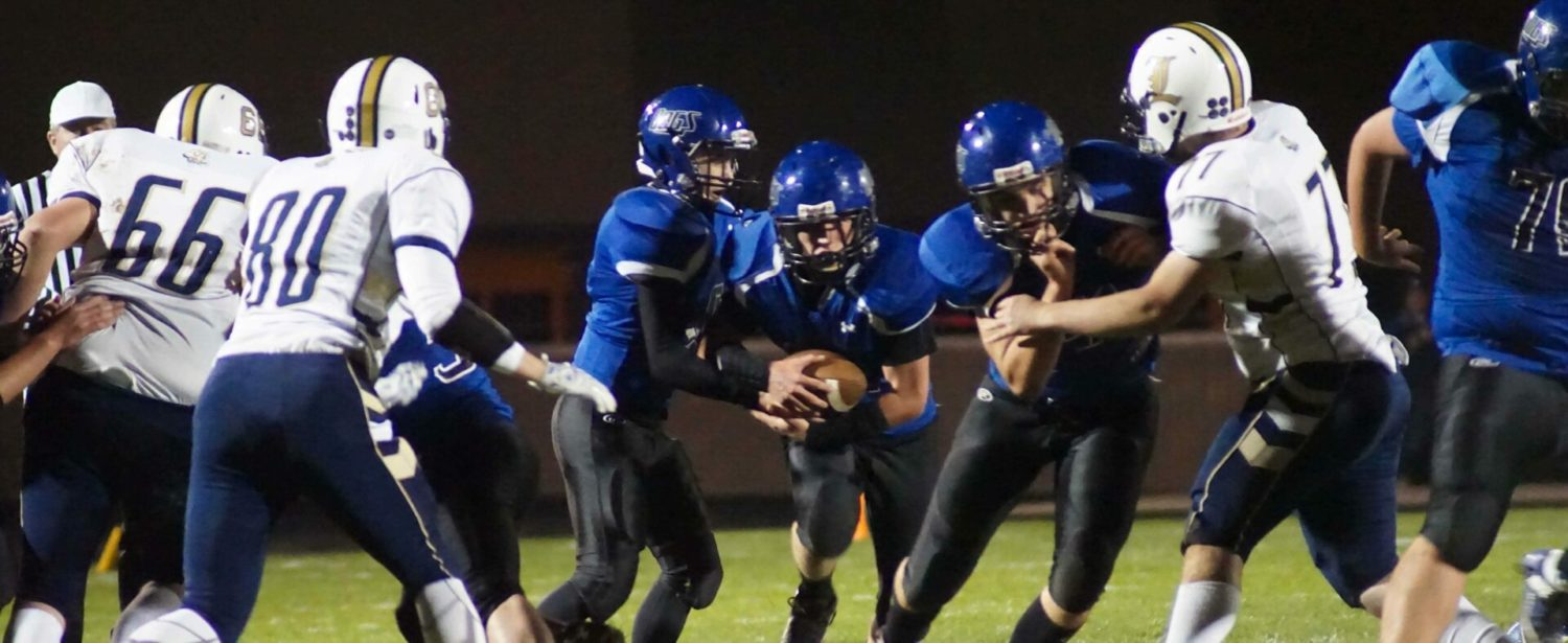 David Thompson rings up 323 rushing yards in Ravenna's 42-21 playoff victory