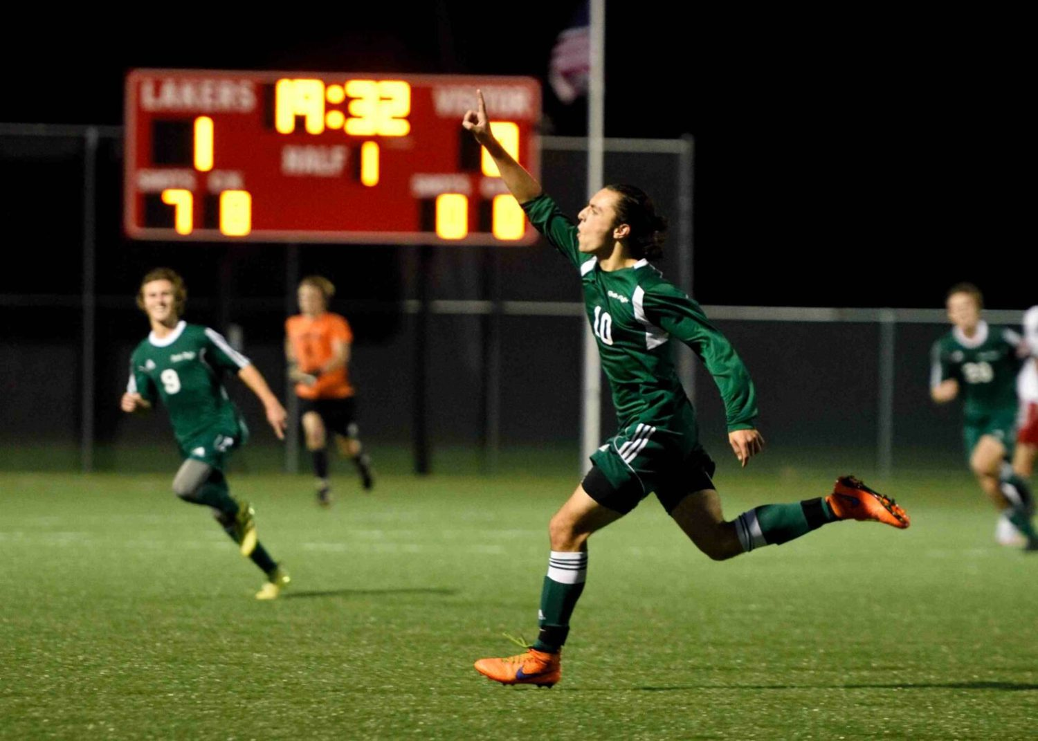 Reeths-Puffer soccer team stuns second-ranked Spring Lake 2-1 in district action
