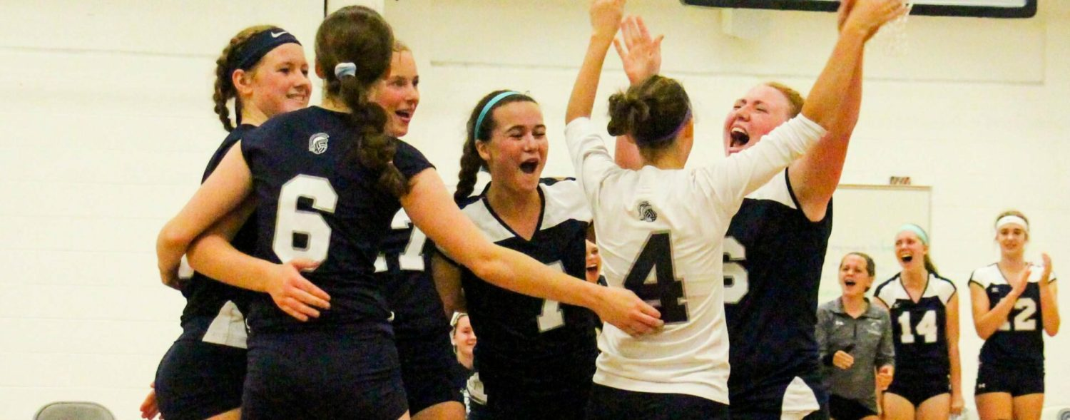 Fruitport uses home-court advantage to sweep Mona Shores in O-K Black volleyball