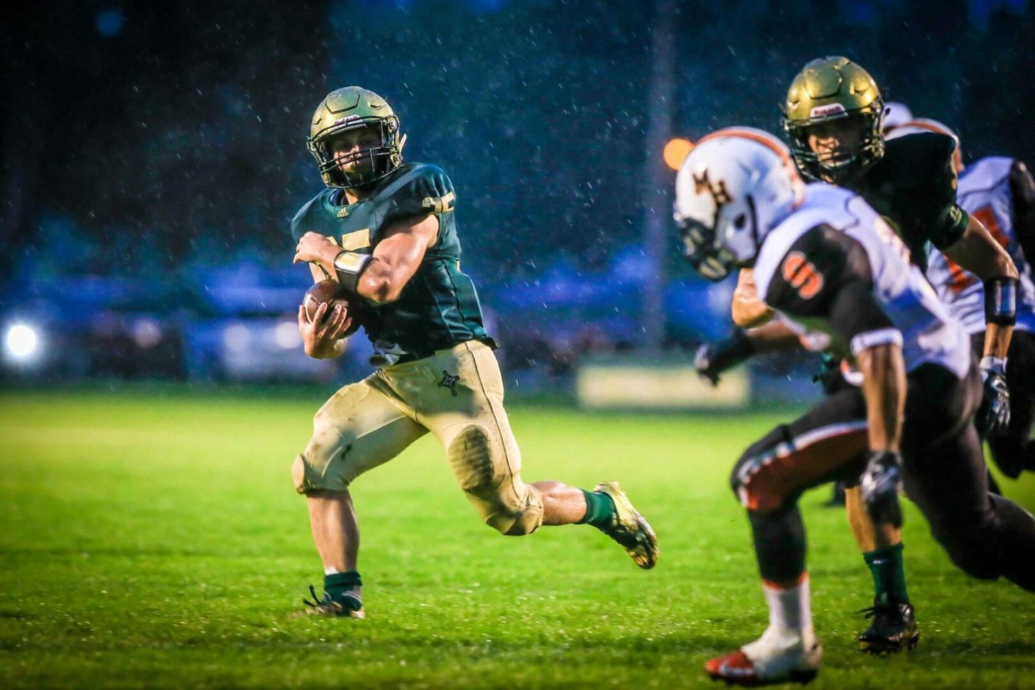 Muskegon Catholic pounds Heights, clinches yet another postseason playoff berth