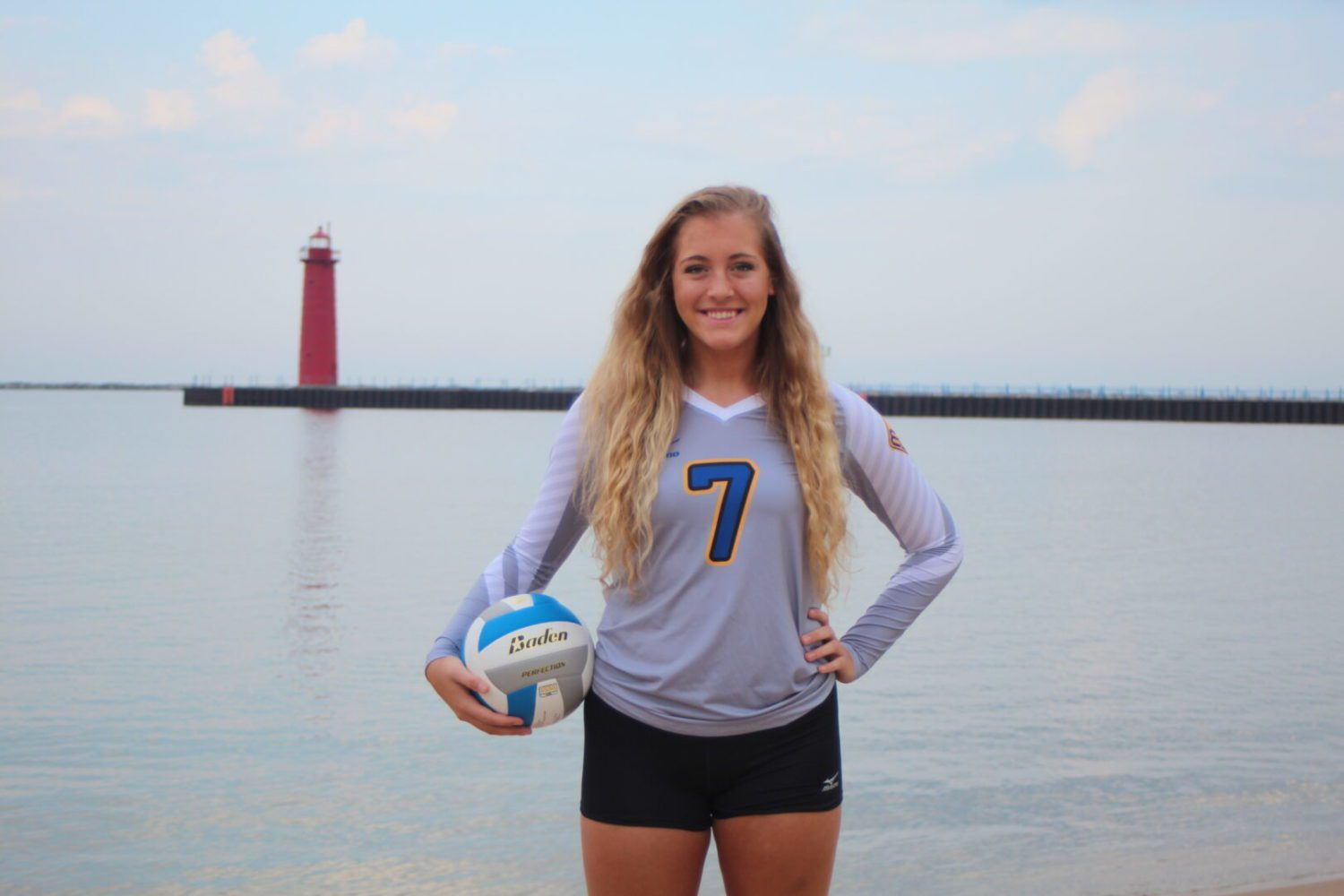 'Dominant middle hitter' Rachel Brown leading MCC volleyball to a big season