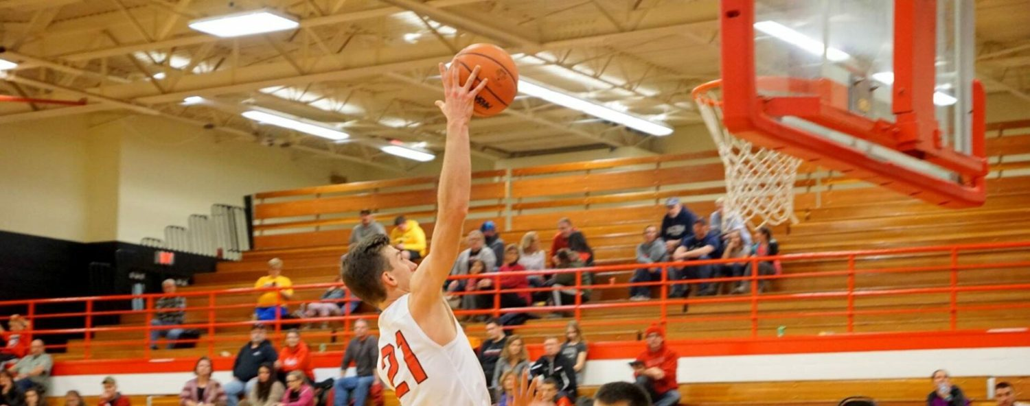 McLaughlin provides spark off the bench, Holton boys race past Hart 57-30