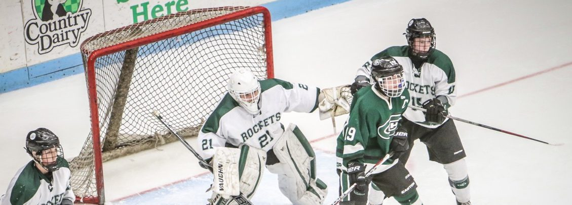 Reeths-Puffer hockey team has a tough second period, falls to FH Central 3-2