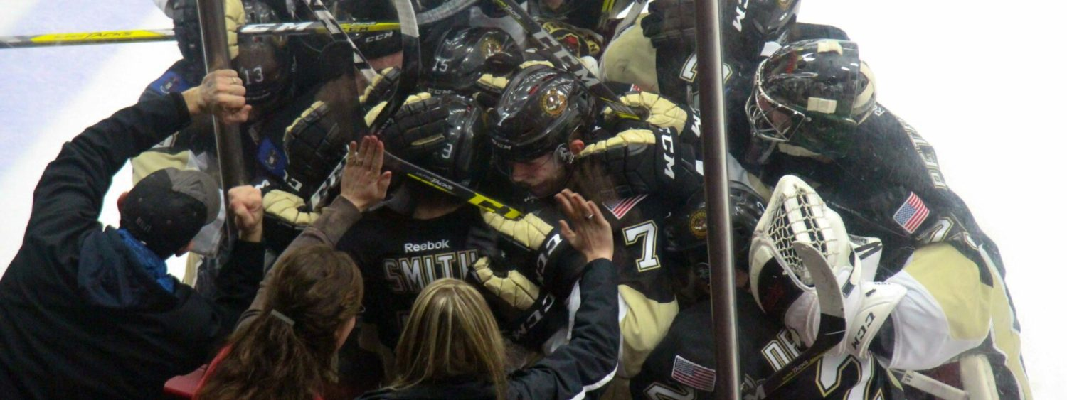 Smith's dramatic shootout goal gives Lumberjacks seventh win in eight games