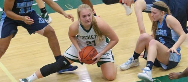 Reeths-Puffer girls snap losing streak against Mona Shores with a 57-48 win