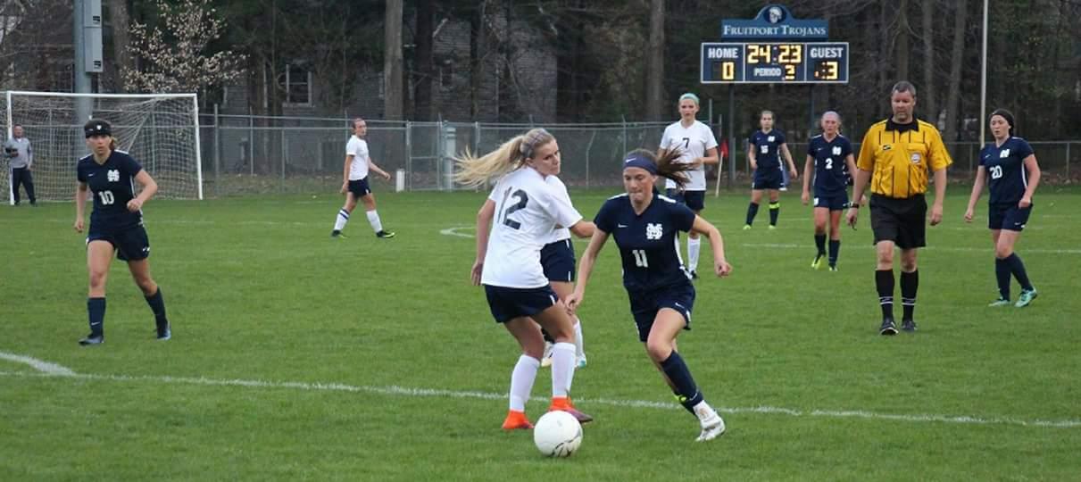 Mona Shores girls soccer team downs Fruitport 4-1 in a battle of unbeaten teams