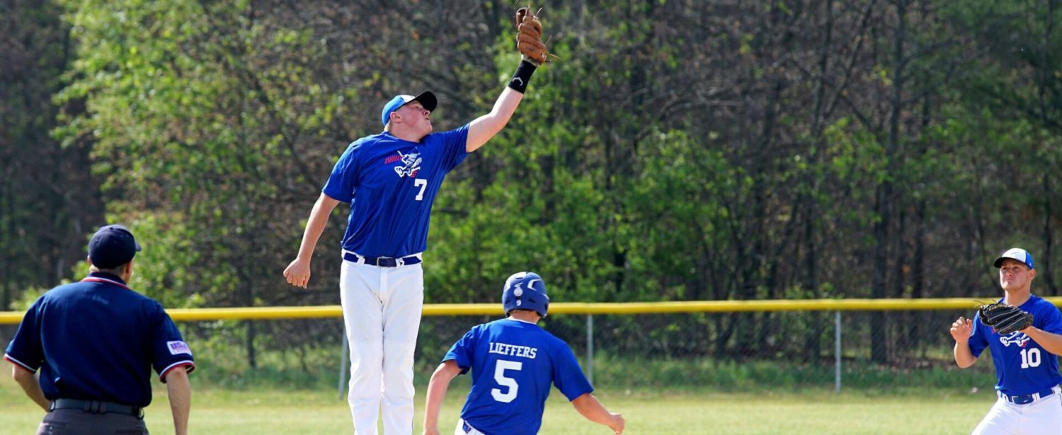 Oakridge clinches a share of conference baseball title; Ravenna rallies to win nightcap