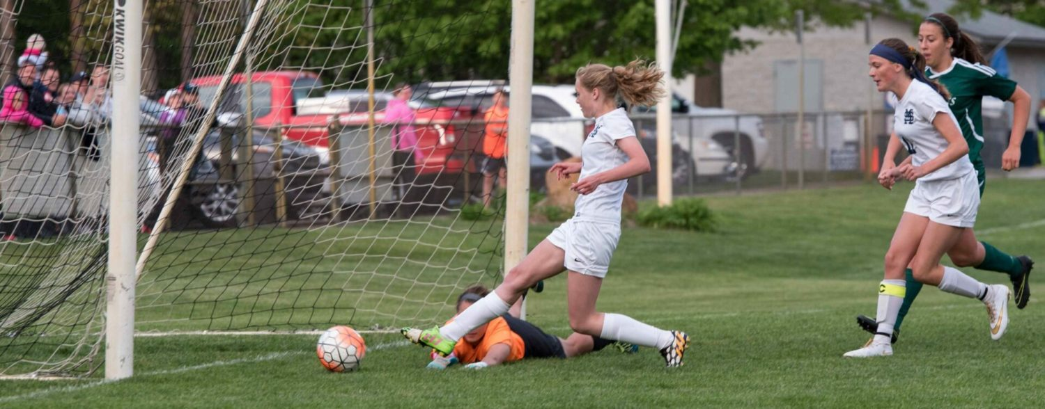 Undefeated Mona Shores soccer team beats R-P, clinches at least a share of league title