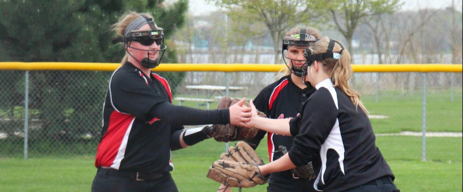 Talented freshmen, solid upperclassmen have Orchard View softball team on a roll