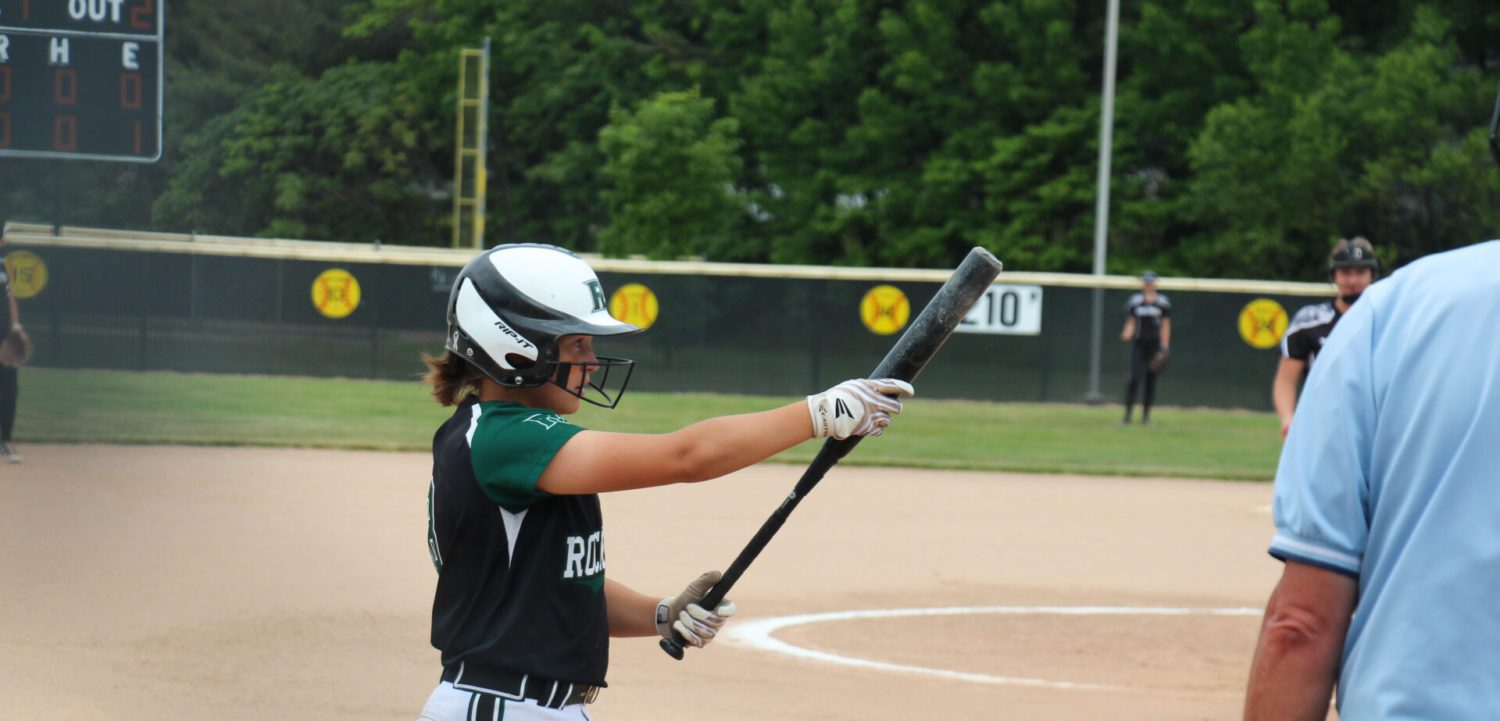 Reeths-Puffer softball team loses lead in final inning, drops D1 district title game