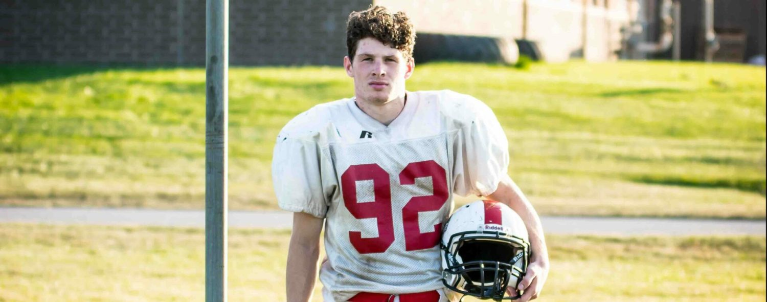Déjà vu at Whitehall: Another undersized Thommen gaining big yards for the Vikings