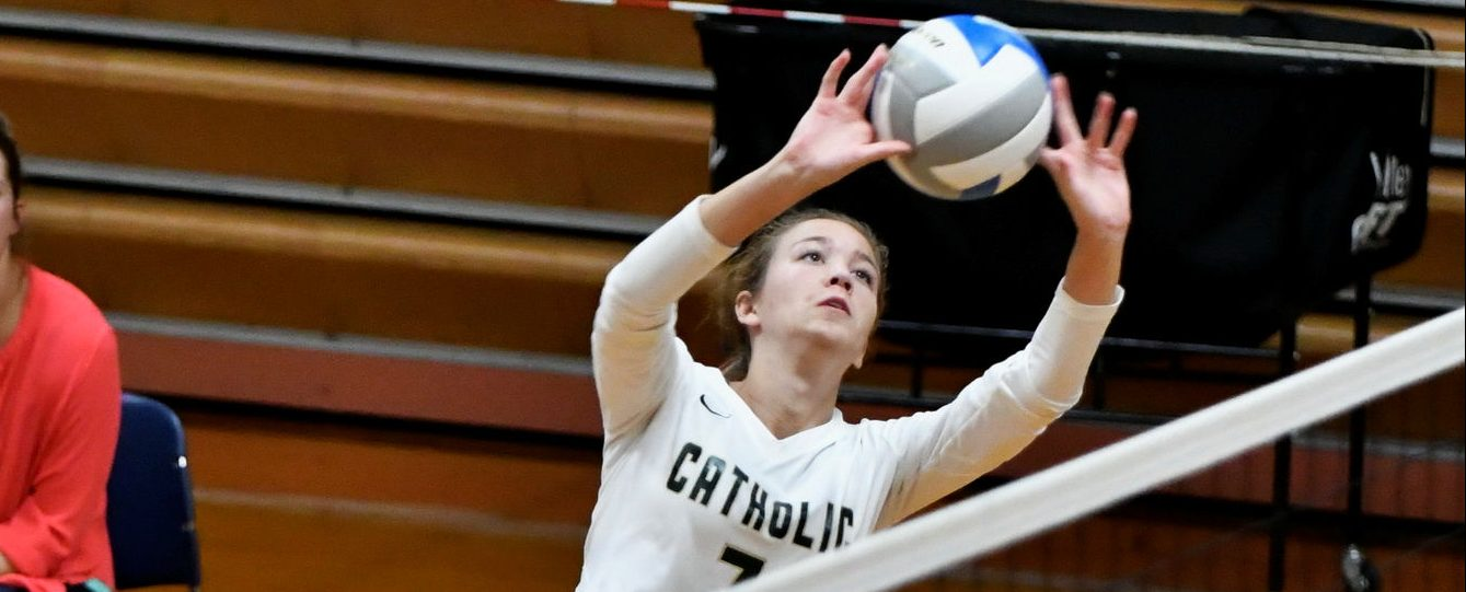 Muskegon Catholic volleyball beats Orchard View, remains perfect in conference