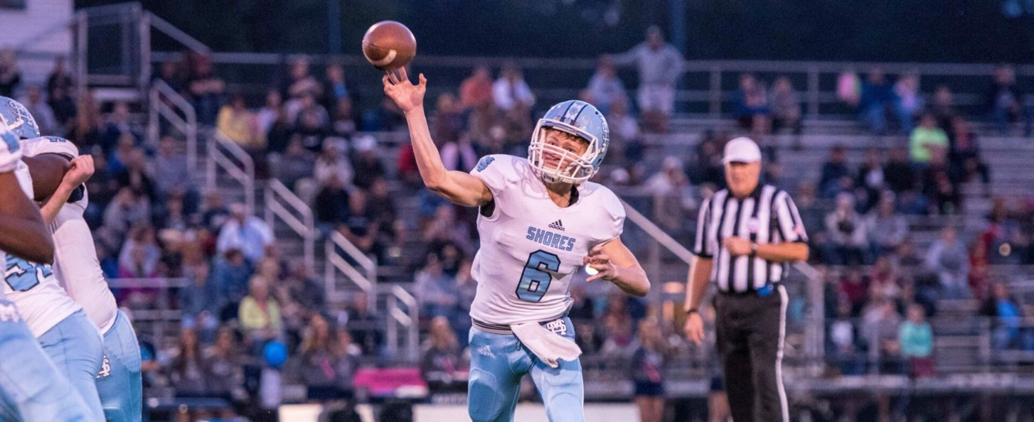 Mona Shores bounces back with a 49-6 victory over Fruitport in O-K Black action