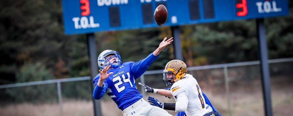 Montague loses early momentum, falls to Ithaca 33-23 in Division 6 regional showdown
