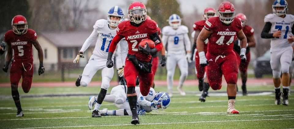 Big Reds ready for another shot at state glory after an easy semifinal victory