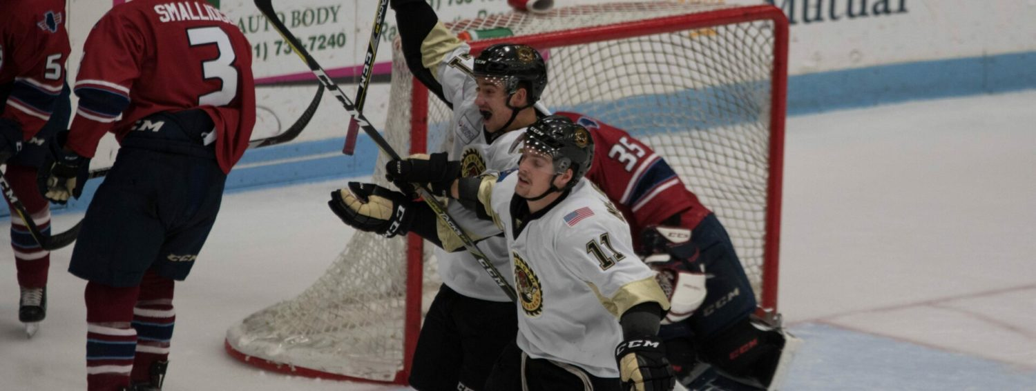 Del Gaizo scores twice as Lumberjacks end weekend with a 4-3 victory