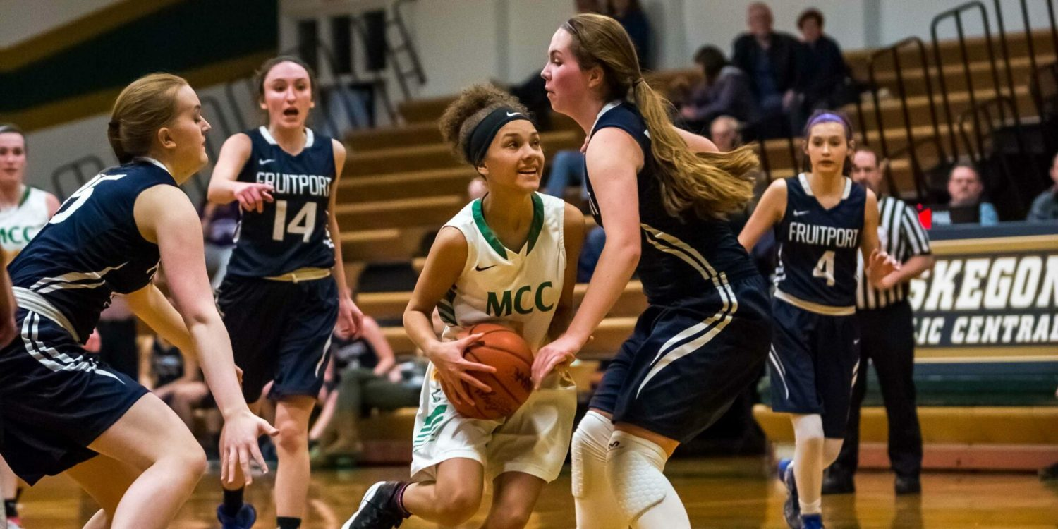 Muskegon Catholic girls basketball squad outlasts Fruitport in non-league game