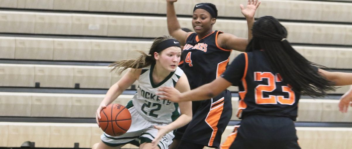 Reeths-Puffer girls hold off challenge from Muskegon Heights on Wednesday